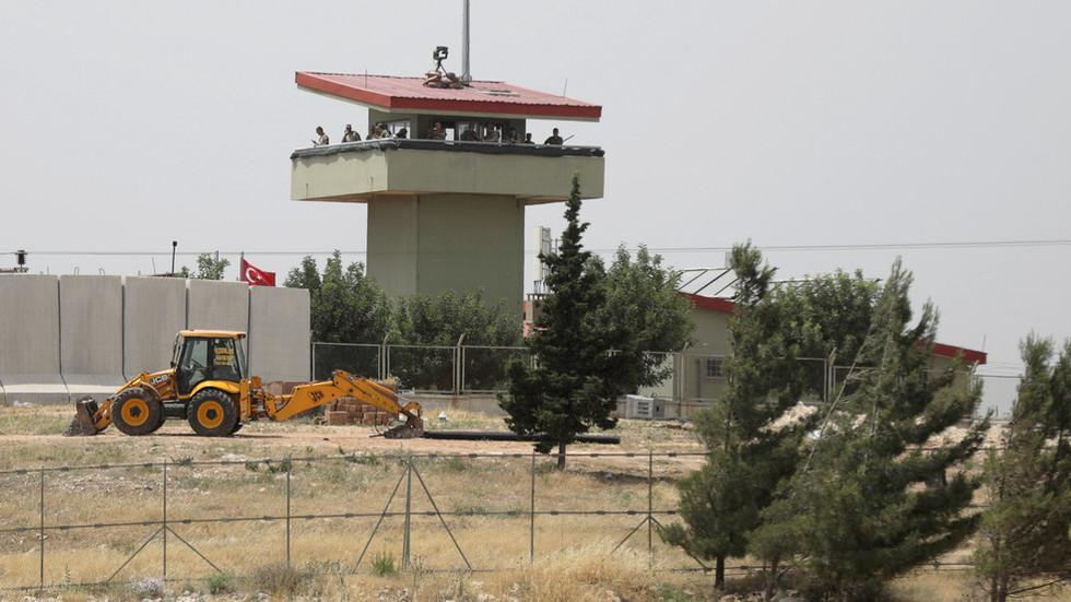 RT: Turska osudila napad na njen vojni konvoj od strane sirijske vojske u Idlib