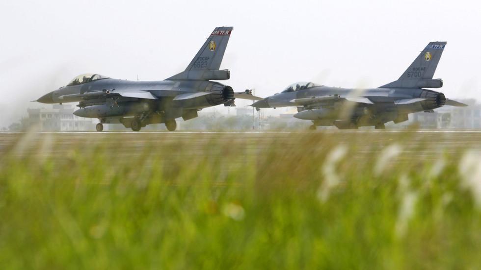 """РТ: Стејт департмент одобрио продају авиона Ф-16 Тајвану, упркос упозорењу Пекинга о """"последицама"""""""