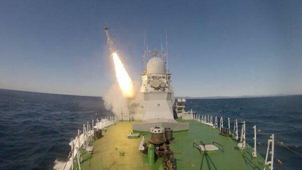 Руска војска објавила снимак првог лансирања ракете Уран са брода Смерч