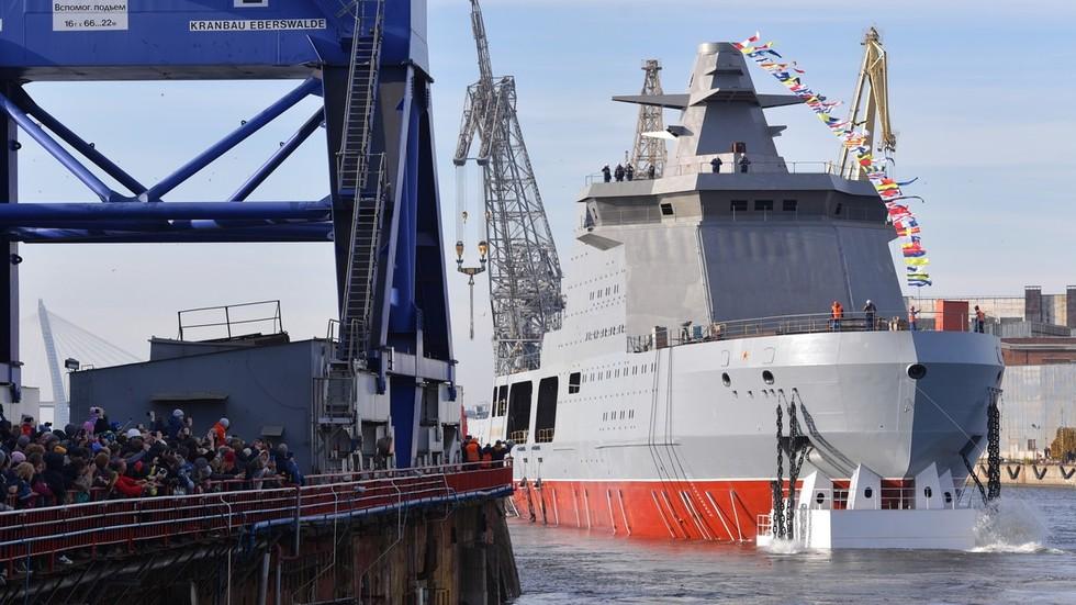 RT: Rusija porinula ratnog ledolomaca koji će pomoći u odbrani ruskog Arktika