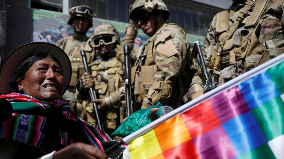 У Боливији укинули кривичну одговорност за снаге безбедности у разбијању демонстрација
