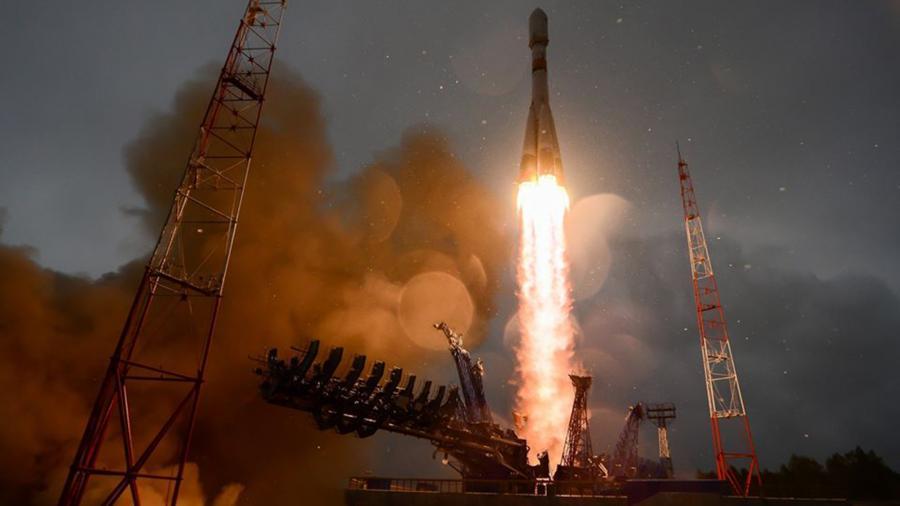 РТ: Руска војска лансирала сателит помоћу којег ће се управљати надземним средстима
