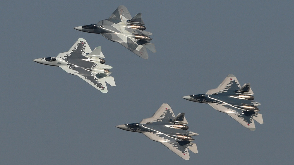 """РТ: """"Усавршени Су-57 имаће огроман извозни потенцијал и отвориће пут авионима 6. генерације"""""""