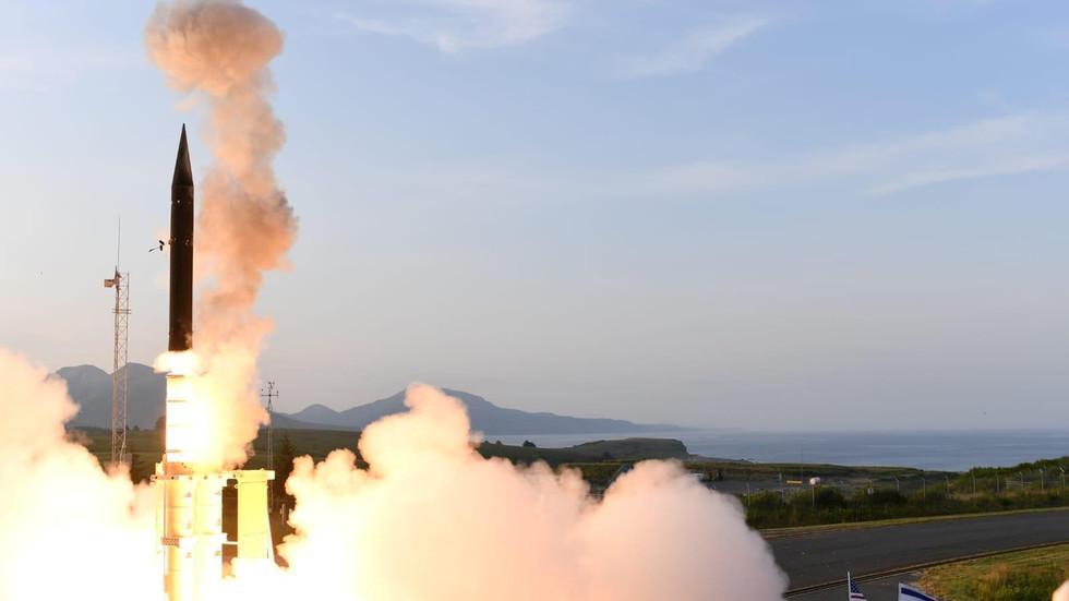 """РТ: Израел запретио Ирану """"вијетнамским ратом у Сирији"""" и """"превентивним"""" нападом"""