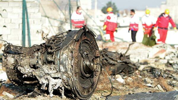 Црне кутије украјинског авиона који се срушио у близини Техерана биће дешифроване у Украјини