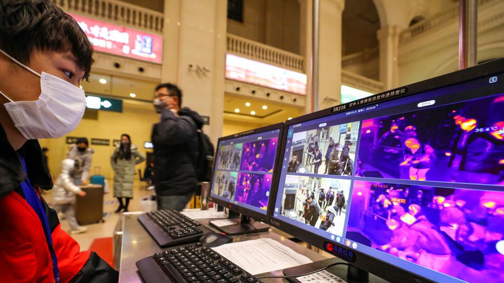 """РТ: СЗО похвалила """"снажну акцију Кине"""" да изолује 11 милиона људи"""