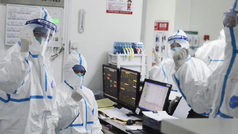 РТ: Кинески коронавирус шири се без видљивих симптома са порастом смртних случајева на 80 и скоро 2800 заражених широм света