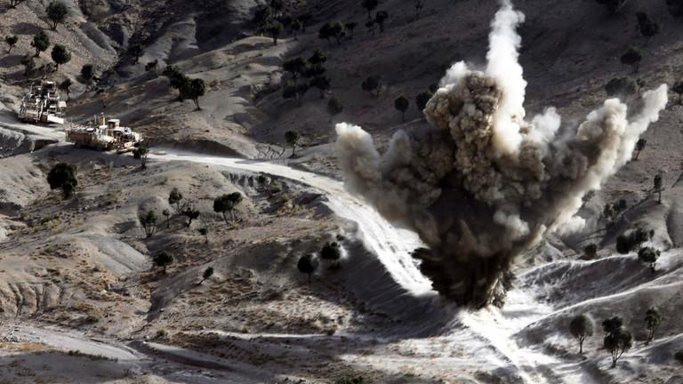 РТ: САД напале талибане што ризикује да Трампов мировни споразум пропадне