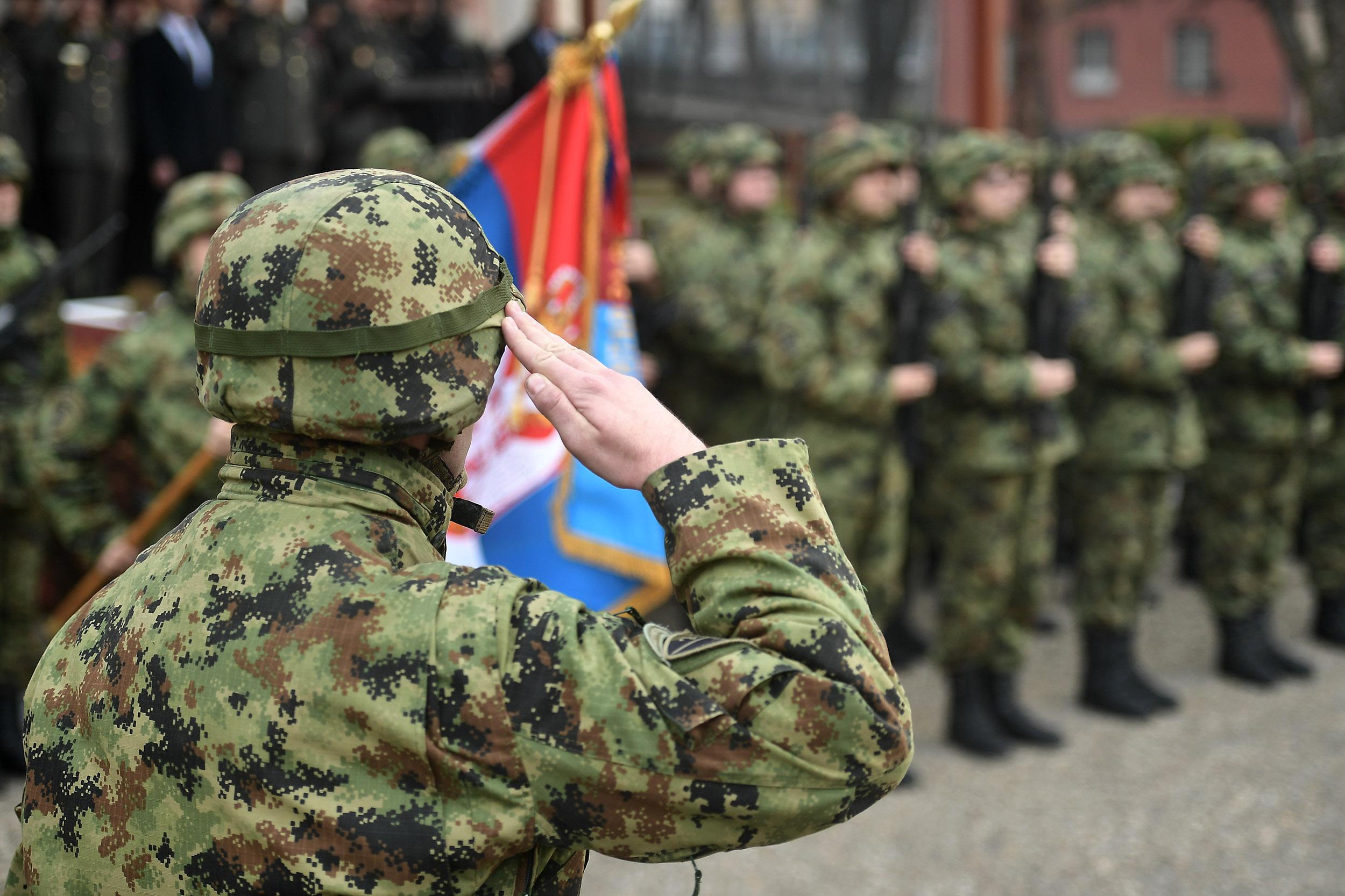 Vojska Srbije izlazi na ulice