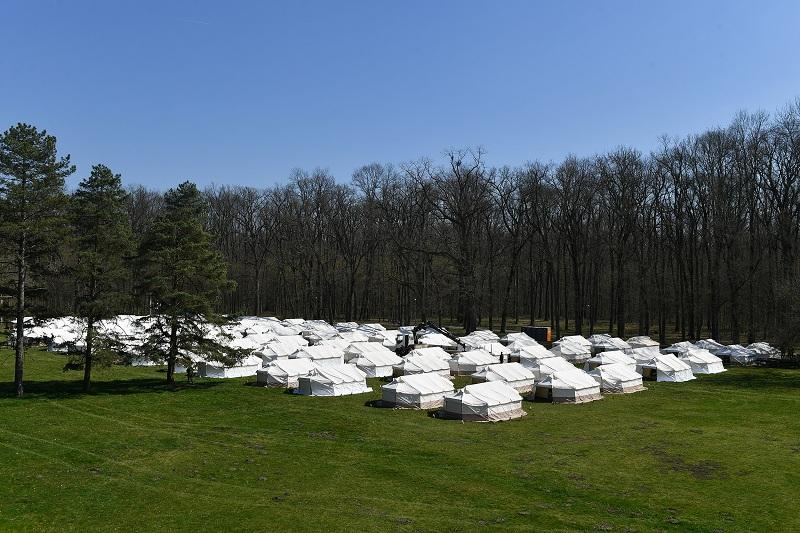 Војска подигла камп за смештај држављана Србије који се враћају из иностранства
