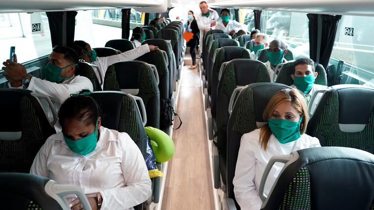РТ: Шпанија саопштила о 812 срмтних случајева, са падом броја новозаражених