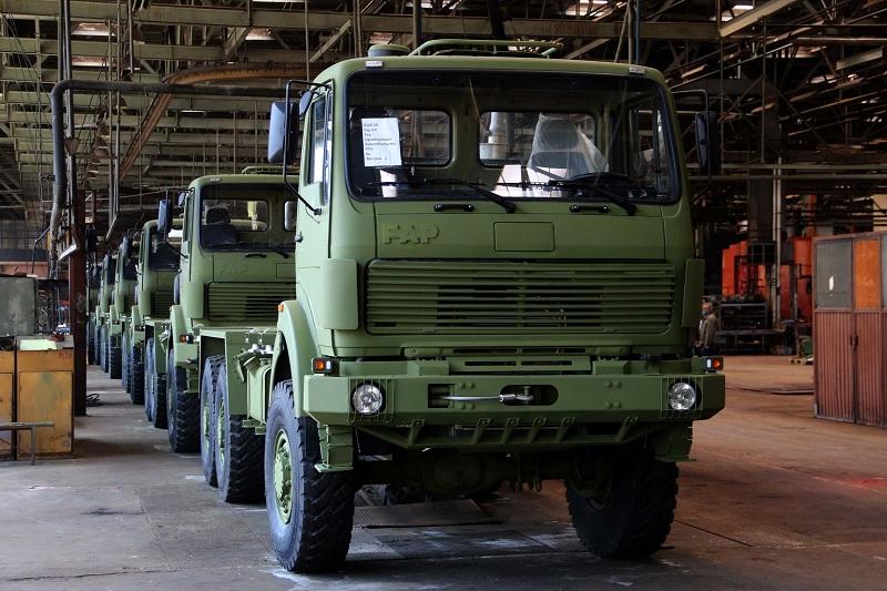 Девет нових камиона из ФАП-а за Војску Србије