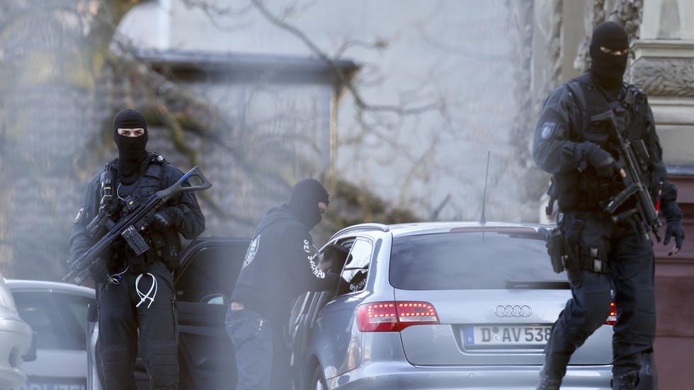 РТ: Немачка забранила Хезболах и спроводи више антитерористичких рација