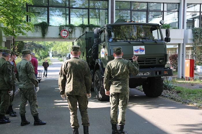 Руски војни одред у Србији дезинфиковао преко 1,42 милиона квадратних метара објеката