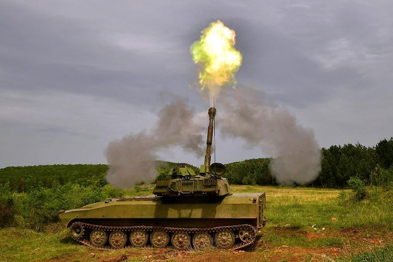 """Mодернизованa самоходнa хаубицa 122 мм """"Гвоздика"""""""