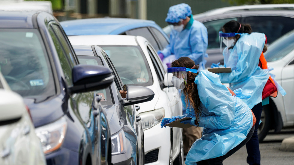 РТ: Број случајева коронавируса премашио пет милиона широм света - Универзитет Џонс Хопкинс