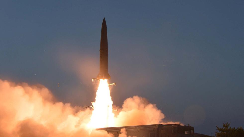 РТ: Ким Џонг Ун позао на јаче ннуклеарно одвраћање, те стављање стратешких  снага у високу приправност - КЦНА
