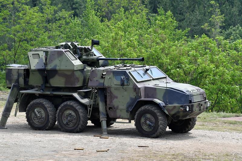 """Модернизован противавионског топ Л-70 """"Бофорс"""""""