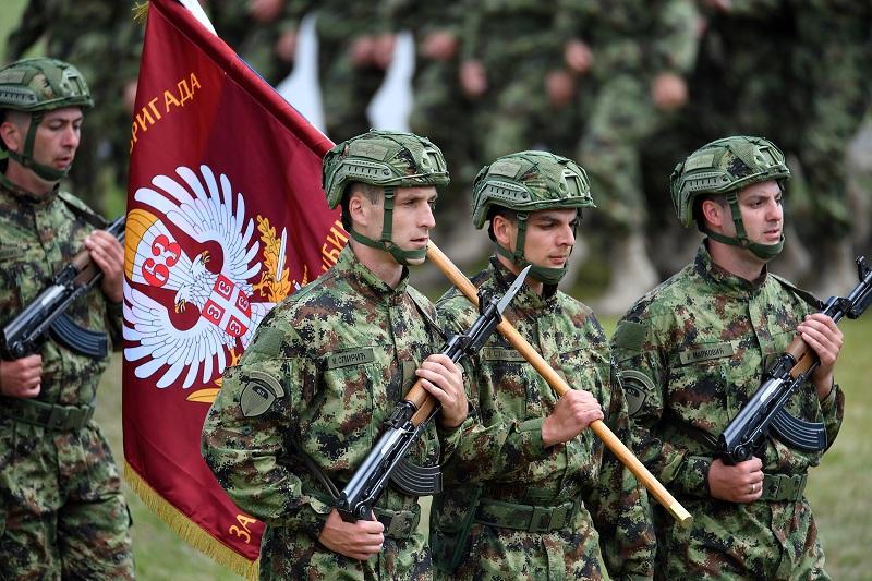 Све јединице Војске Србије па и 63. Падобранска бригада употребљавају само у складу са Уставом и Законом о Војсци Србије
