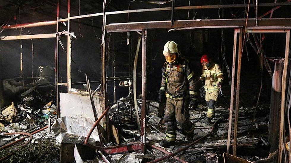РТ: Серија експлозија и нестанaк струје пријављени у близини Техерана