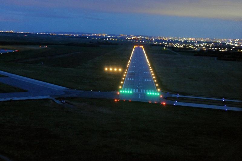 После 21 године на батајничком аеродрому обновљена светлосна сигнализација