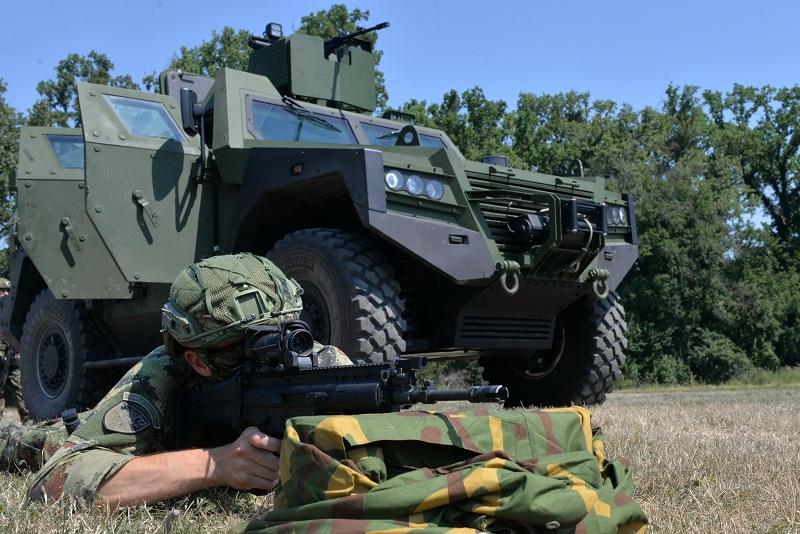 """Обука и гађање у Центру за испитивање наоружања и војне опреме """"Никинци"""""""