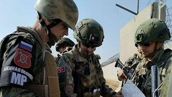 Русија и Турска настављају заједничке војне пагтроле у сиријској провинцији Хасака