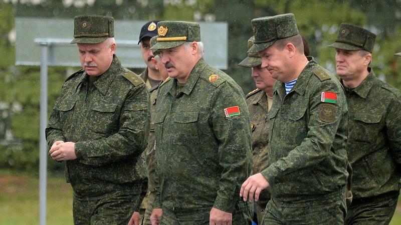 Лукашенко: Ако НАТО повреди нашу државну границу реаговаћемо без упозорења