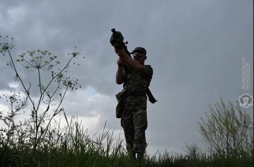 Јереван: Азербејџан врши ваздушне ударе на северу контакт линије са Нагорно-Карабахом