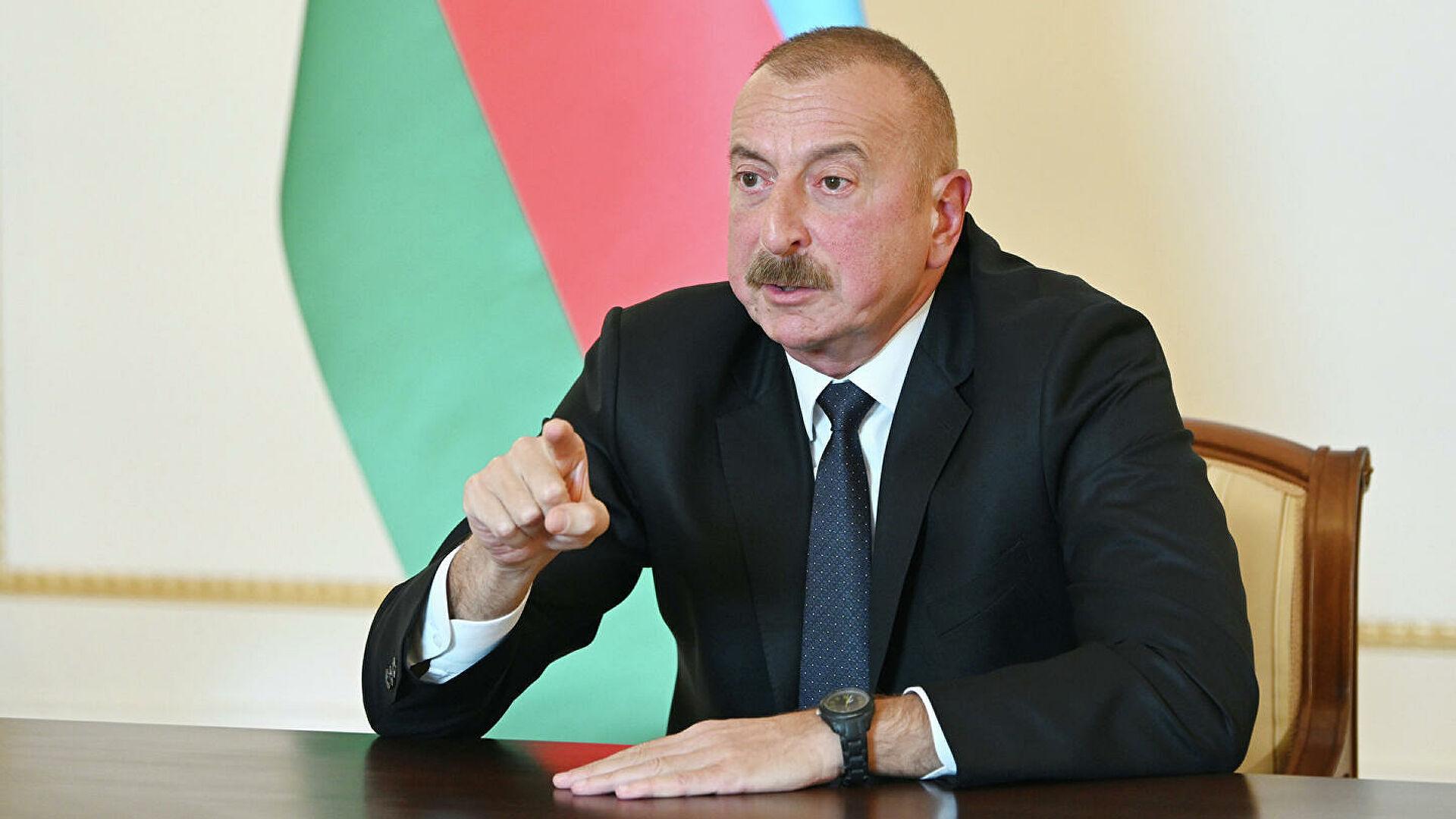 Алијев: Кријумчари превозе оружје из Русије у Јереван