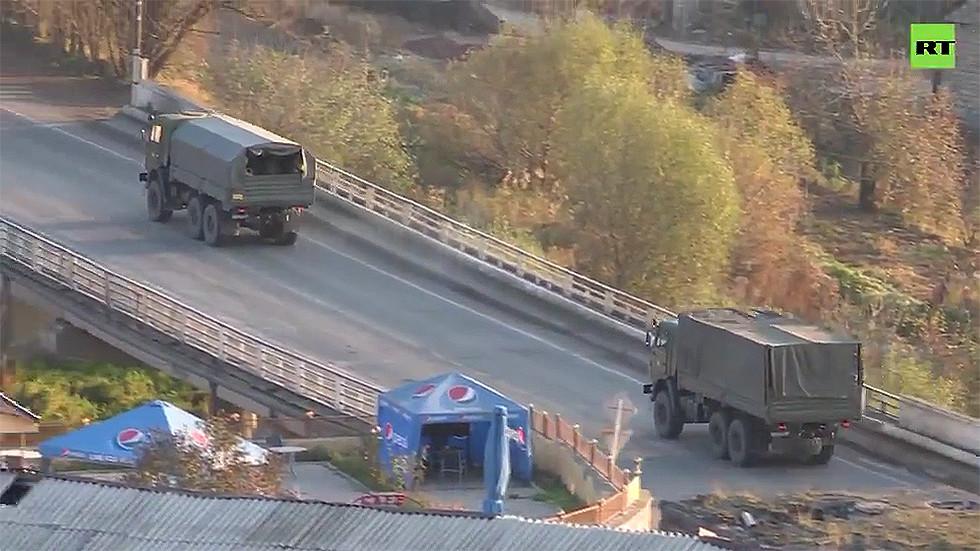 РТ: Руски мировњаци се крећу према Нагорно-Карабаху како би надзирали примирје
