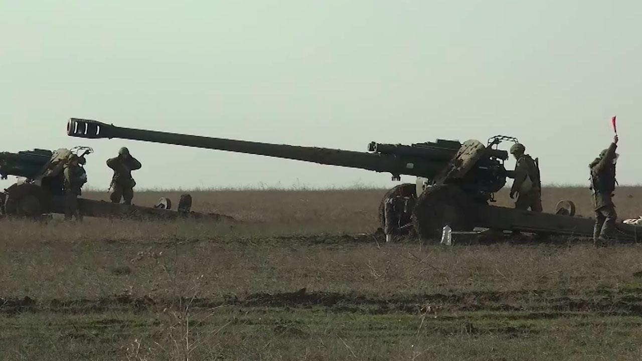 Артиљерци Црноморске флоте на Криму елиминисали условног непријатеља