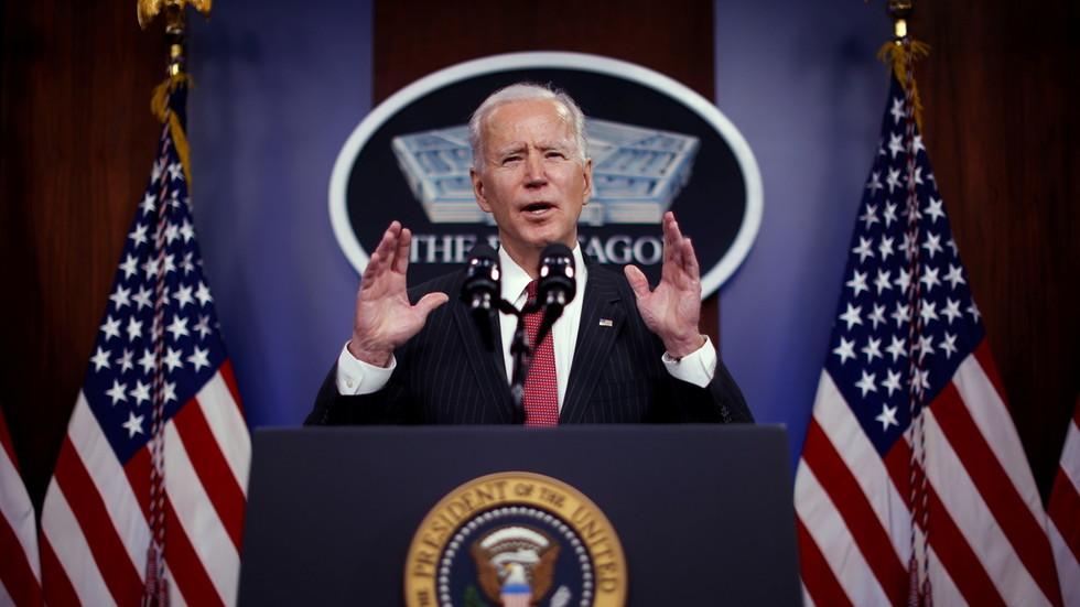 """РТ: У америчком нападу у Сирији по Бајденовом наређењу уништено """"више објеката милиције коју подржава Иран"""" - Пентагон"""