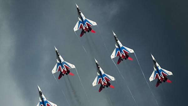 """Стрижи"" и ""Руски витезови"" извели летове са лансирањем ракета"