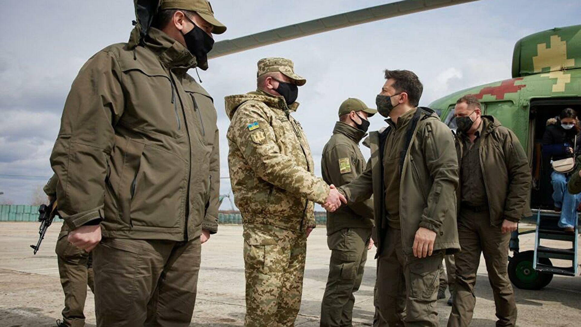 Зеленски у Донбасу обилази прве линије фронта