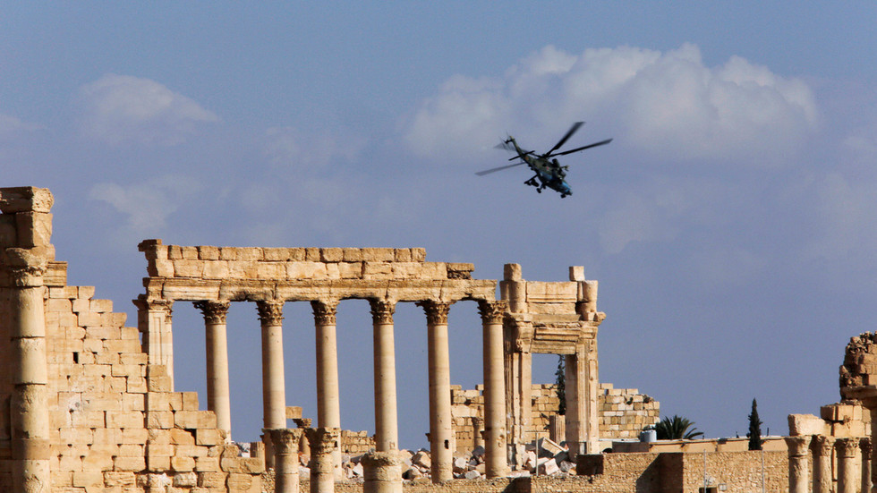 РТ: До 200 милитаната ликвидирано у ваздушном удару на камп у Сирији - руска војска