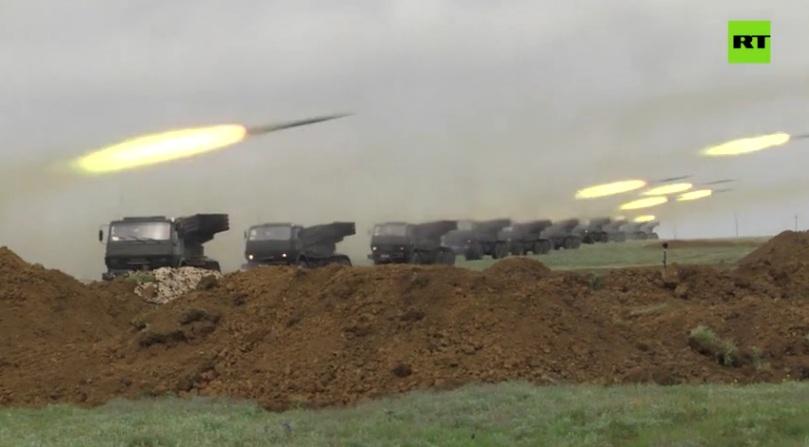 РТ: Русија ће повући снаге распоређене на граници са Украјином, потврђује Москва, док се завршавају велики маневри на Криму