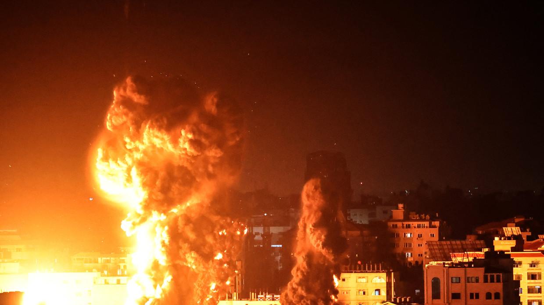 "RT: Izraelska vojska pokrenula ""opsežne napade"" na Gazu dok sukob ulazi u drugu nedelju"