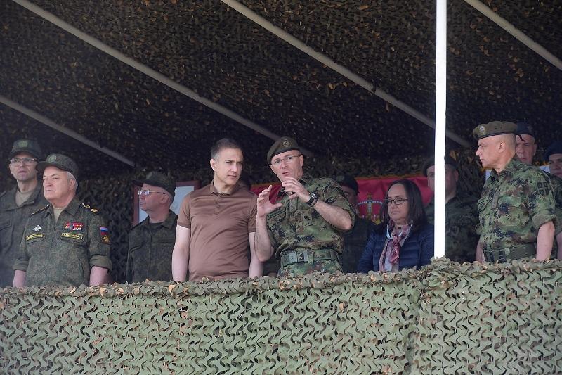 Стафановић: Одлуку о служењу војног рока треба да донесемо до јесени