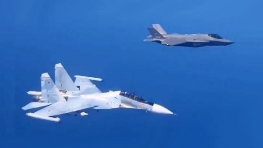 Историјски догађај: Изнад Балтичког мора се по први пут срели Су-30СМ и F-35A Lightning II