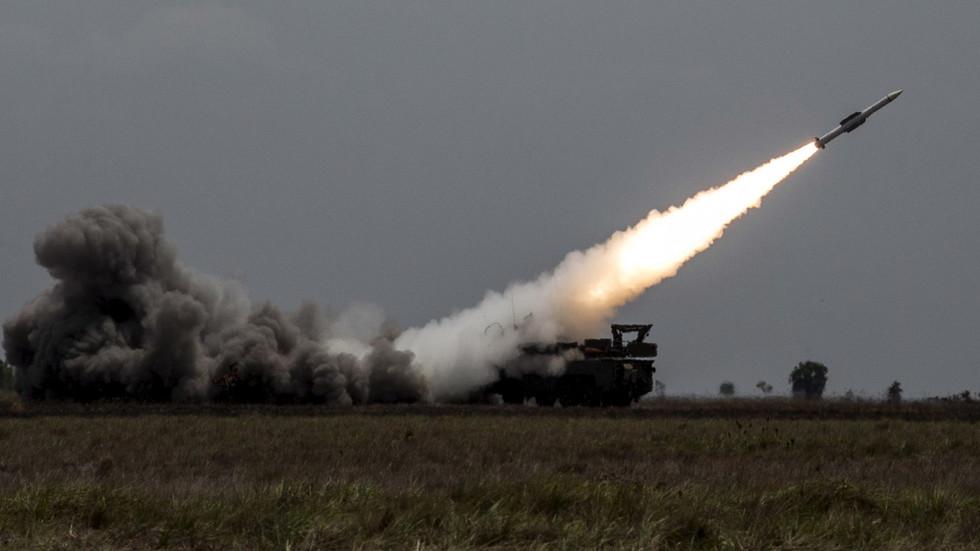 РТ: Системи ПВО руске производње оборили све израелске ракете испаљене на сиријски Хомс
