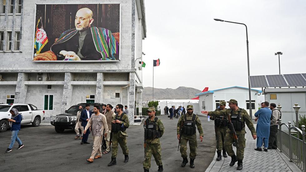 """РТ: САД ограничиле летове изнад Авганистана због """"милитантне активности"""", док се ближи рок за повлачење америчких снага"""