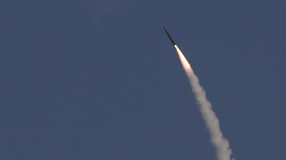 РТ: Израел спреман да нападне Иран, каже министар одбране, усред тињајућих тензија са сталним непријатељем
