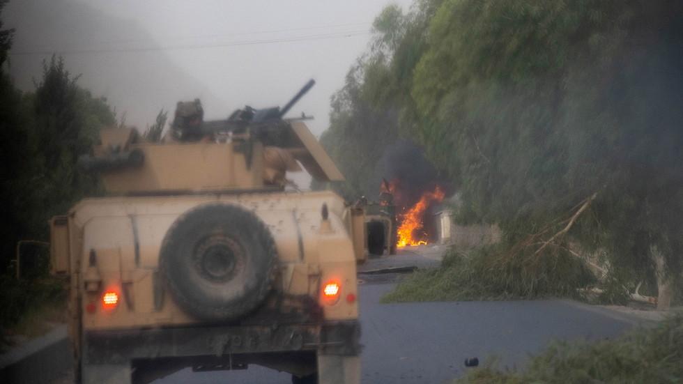 РТ: Талибани објавили о потпуном заузимању Кандахара, док су авганистански званичници потврдили пад другог по величини града