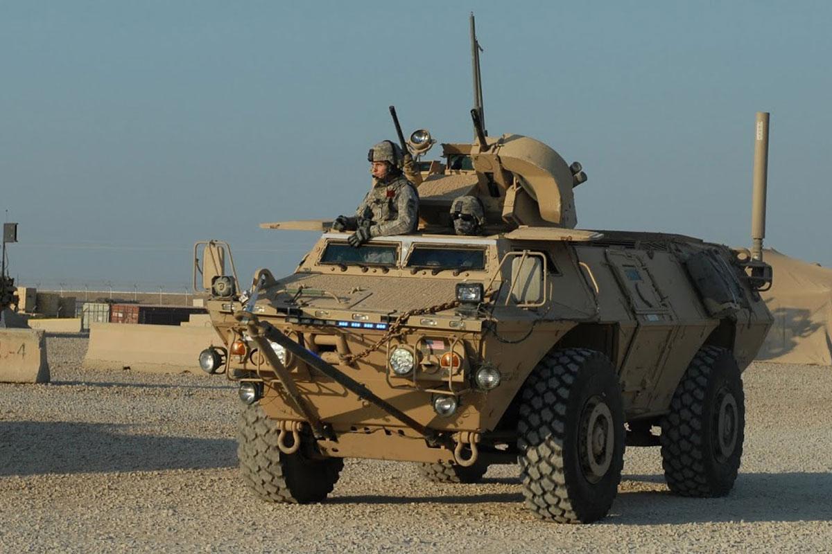 САД испоручиле Приштини оклопна возила