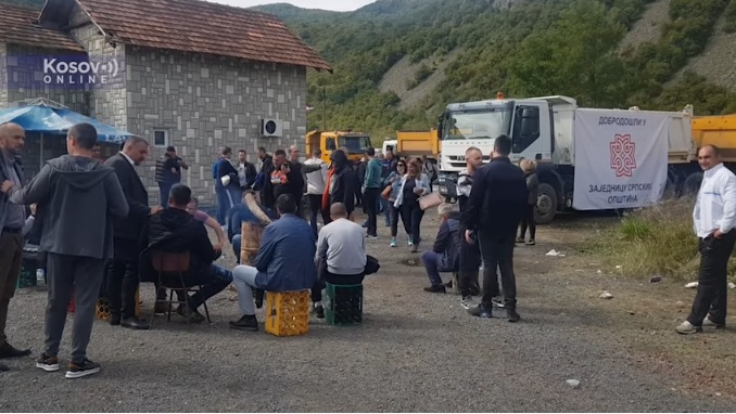 Трећи дан акција власти у Приштини – саобраћај у прекиду на Јарињу и Брњаку, нема инцидената између Срба и Росу