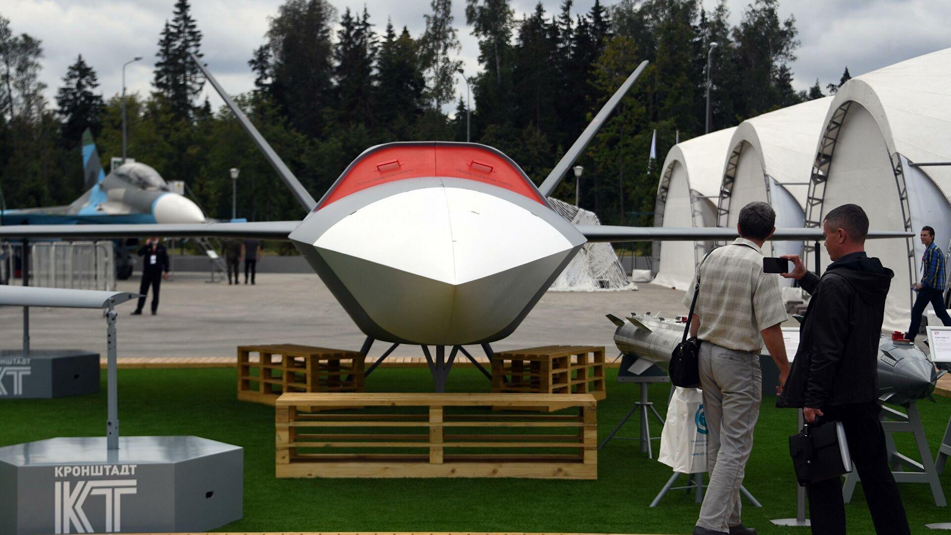 Русија представља нови дрон-бомбардер високе технологије