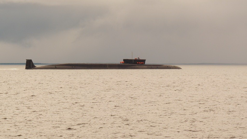 """Нуклеарна подморница """"Владимир Мономах"""" спуштена у воду"""