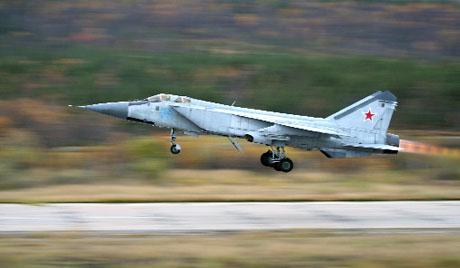Пресретач МиГ-31БМ принудно слетео