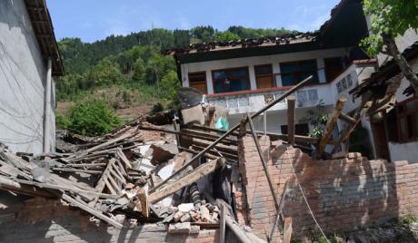 Кина: преживеле под рушевинама је немогуће спасити